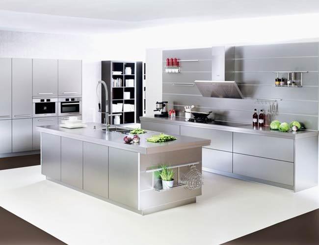 Een keuken van roestvrij staal of rvs in de keuken - Wandbekleding keuken roestvrij staal ...