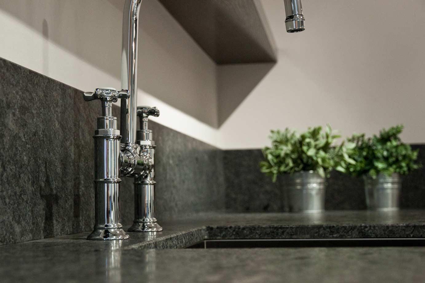 Achterwanden Keuken Kunststof : Keukenachterwand: wat zijn de mogelijkheden?