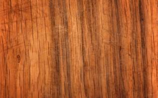 Scheurtjes in houten keukendeurtjes, hoe kan dat?