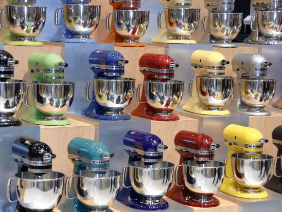 Trends In Keukenapparatuur : Keukenapparatuurtrend: apparaten feller en vrolijker