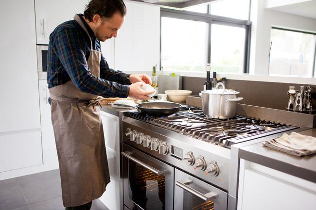 Zwart Keuken Fornuis : Atag fornuis lees alles over het atag fornuis op keukenervaringen.nl