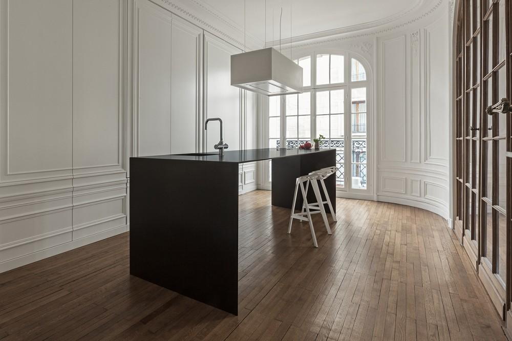 Onzichtbare keuken u2013 kookeiland als minimalistisch meubel