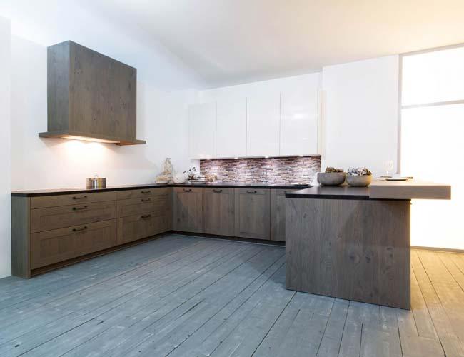Keuken Kleine Kleur : Donkere keuken lees eerst onze tips